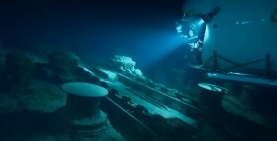 100년 동안 타이타닉호가 잠겨있던 그곳은?